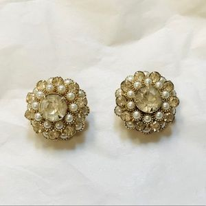 Vintage 1959s Judy Lee signed Clip on Earrings